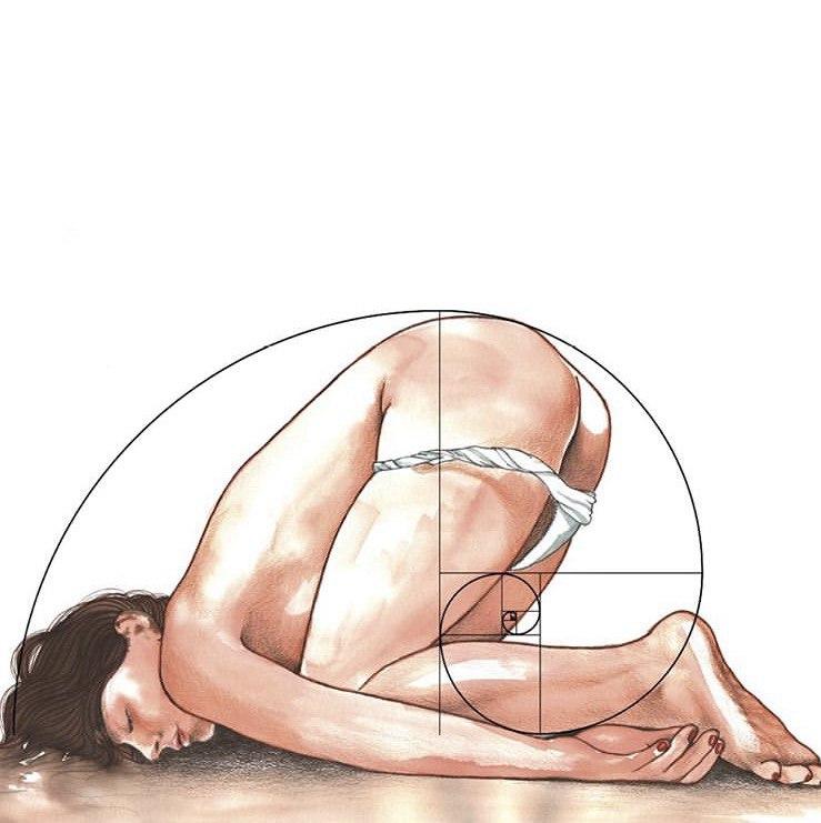 donna in ginocchio piegata su se stessa sovrapposta a una sezione aurea